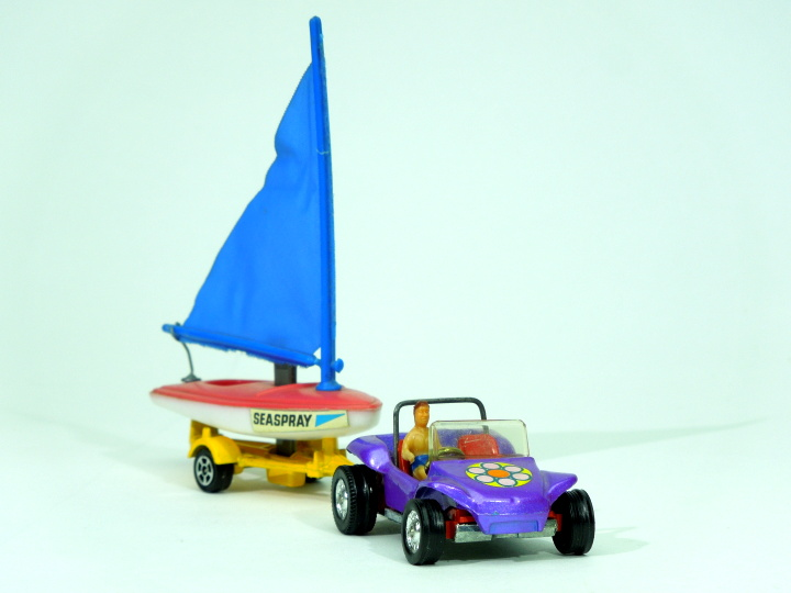 toydiecast003.04 corgi whizzwheels sailor06